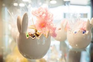 idee-regalo-pasqua-uova-cioccolata-pasticceria-frignani-ferrara-016