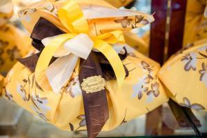 idee-regalo-pasqua-uova-cioccolata-pasticceria-frignani-ferrara-031